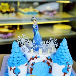 Mẫu bánh kem Elsa