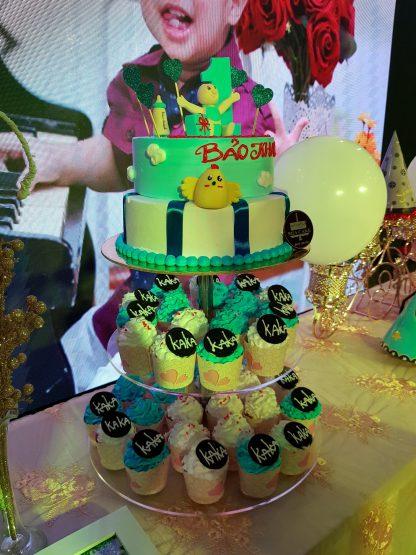 Bánh thôi nôi 4 tầng có cupcake