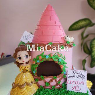 Mẫu bánh kem búp bê và ngôi nhà cho bé gái